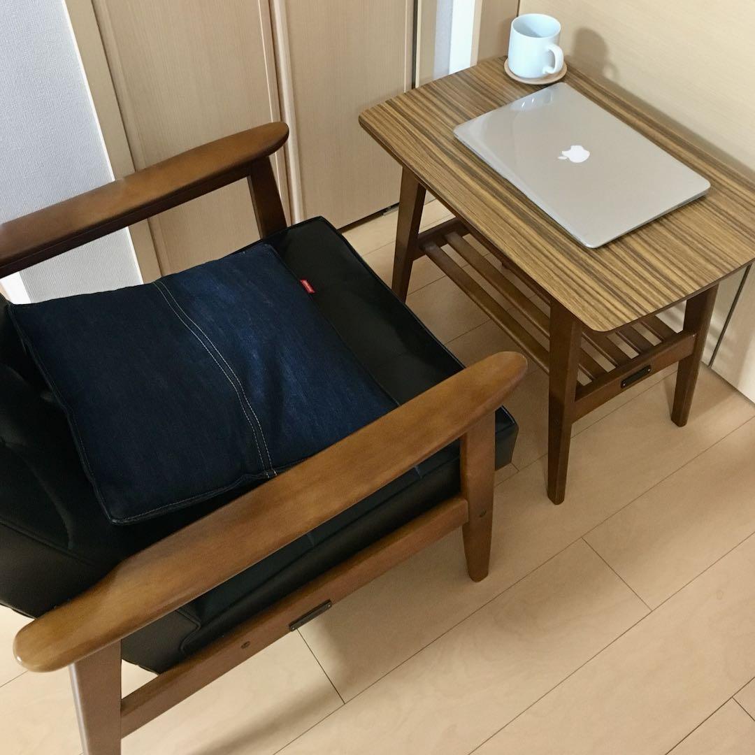 Kチェア1シーターとサイドテーブル